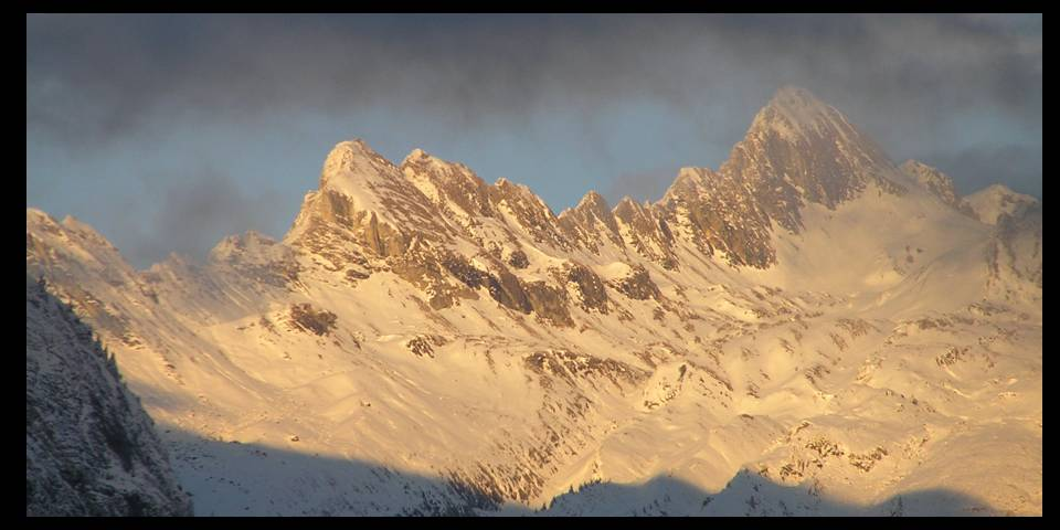 Sunset sur les Dents Blanches photo by MichSzek
